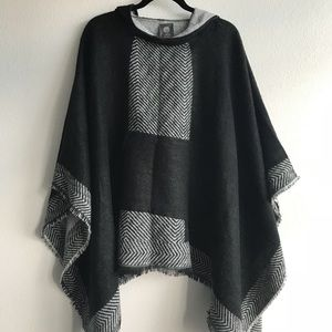 OS hooded Poncho